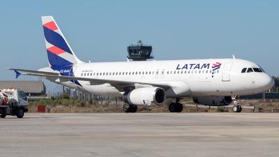A picture of CCBAK - Airbus A320232 - LATAM Airlines - © Sebastián Fernández