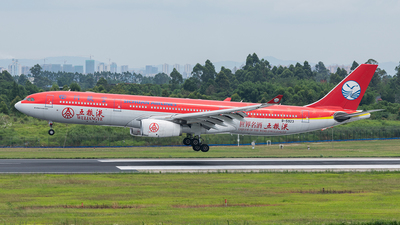 A picture of B5923 - Airbus A330343 - Sichuan Airlines - © Dabbio