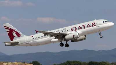 A7-AHJ - Airbus A320-232 - Qatar Airways