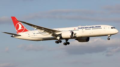 TC-LLO - Boeing 787-9 Dreamliner - Turkish Airlines