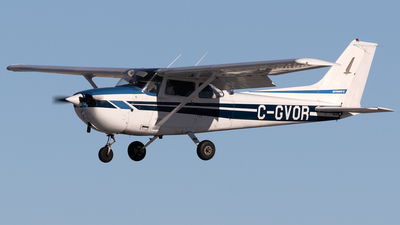 A picture of CGVOR - Cessna 172N Skyhawk - [17272337] - © Mike MacKinnon