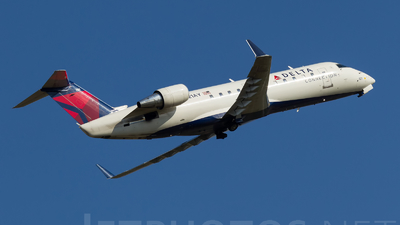 N821AY - Bombardier CRJ-200LR - Delta Connection (Pinnacle Airlines)