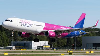 A picture of HALXM - Airbus A321231 - Wizz Air - © Michal Furmanczak