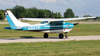 N3371F - Cessna 182J Skylane - Private
