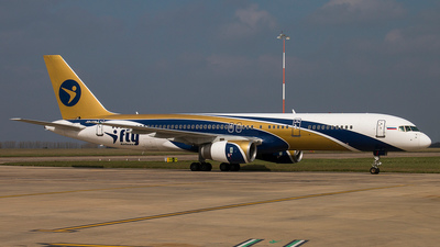 TF-ISR - Boeing 757-256 - I-Fly Airlines