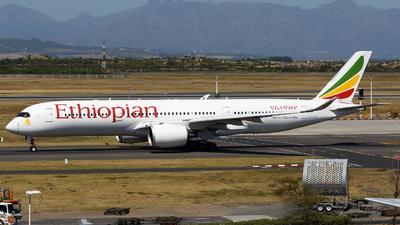 A picture of ETATQ - Airbus A350941 - Ethiopian Airlines - © Raphael Born
