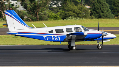 TI-ASY - Piper PA-34-200T Seneca II - Private
