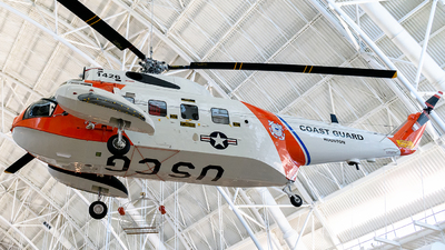 1426 - Sikorsky HH-52A Sea Guard - United States - US Coast Guard (USCG)
