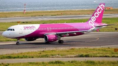 JA816P - Airbus A320-214 - Peach Aviation