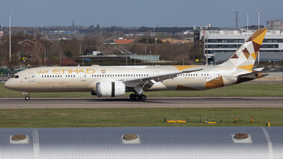 A picture of A6BLG - Boeing 7879 Dreamliner - Etihad Airways - © Airlinergeek