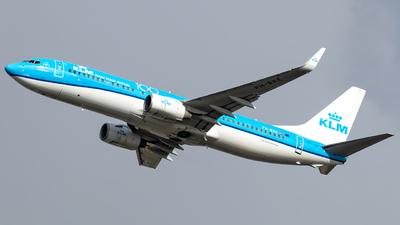 A picture of PHBXE - Boeing 7378K2 - KLM - © Lars van Zundert