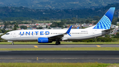 A picture of N26208 - Boeing 737824 - United Airlines - © RAFAEL FERNANDEZ ABARCA