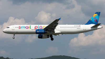 A picture of SPHAU - Airbus A321231 - [0864] - © Robert Poposki