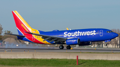 A picture of N7854B - Boeing 73771B - Southwest Airlines - © Lynden Westrich
