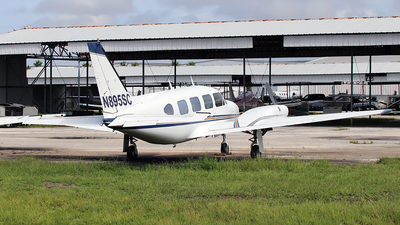 N895SC - Piper PA-31-310 Navajo - Private