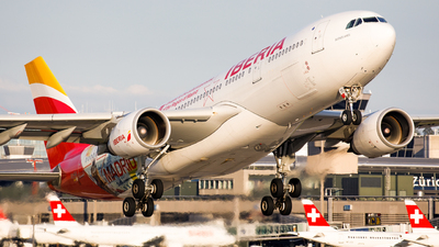 A picture of ECMJA - Airbus A330202 - Iberia - © Michael Angst