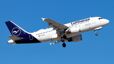 A picture of DAILB - Airbus A319114 - Lufthansa - © Oliver Richter
