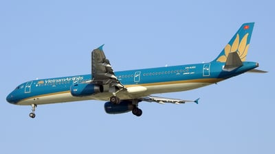 VN-A353 - Airbus A321-231 - Vietnam Airlines