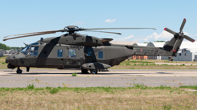 MM81527 - NH Industries NH-90 - Italy - Army