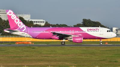 JA812P - Airbus A320-214 - Peach Aviation