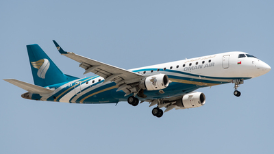 A picture of A4OEA - Embraer E175AR - Oman Air - © AirlinerSpotter