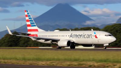 N983AN - Boeing 737-823 - American Airlines