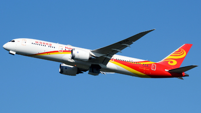 A picture of B1135 - Boeing 7879 Dreamliner - Hainan Airlines - © Stefano Betti