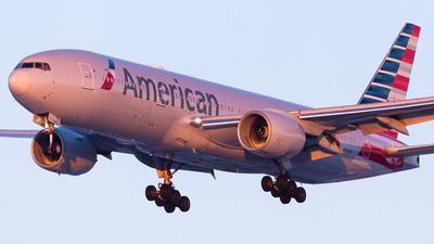 N774AN - Boeing 777-223(ER) - American Airlines