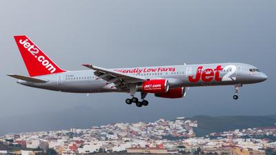 G-LSAA - Boeing 757-236 - Jet2.com