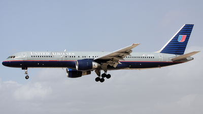 N537UA - Boeing 757-222 - United Airlines