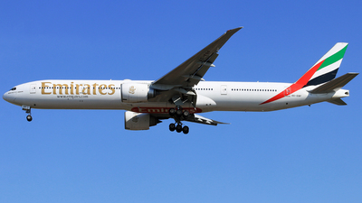 A6-EBF - Boeing 777-31HER - Emirates