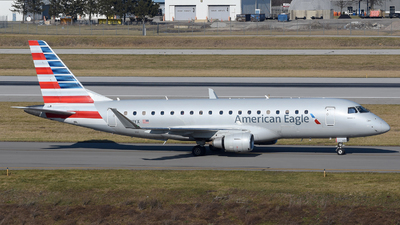 A picture of N431YX - Embraer E175LR - American Airlines - © DJ Reed - OPShots Photo Team
