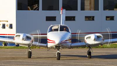 PT-KIW - Piper PA-34-200 Seneca - Aeroclube Para de Minas