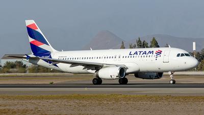 CC-CQP - Airbus A320-233 - LATAM Airlines