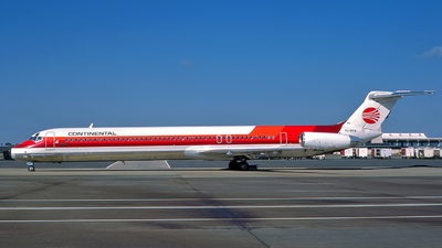 EI-BTA - McDonnell Douglas MD-82 - Continental Airlines