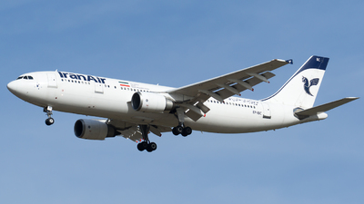 A picture of EPIBC - Airbus A300B4605R - Iran Air - © Olivier Landes