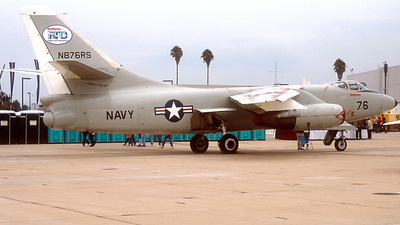 N876RS - Douglas NRA-3B Skywarrior - Raytheon Aircraft