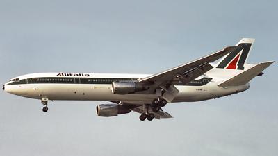 I-DYNE - McDonnell Douglas DC-10-30 - Alitalia