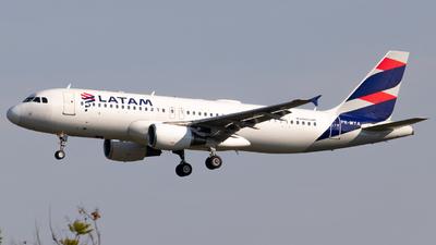 PR-MYA - Airbus A320-214 - LATAM Airlines
