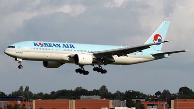 A picture of HL7530 - Boeing 7772B5(ER) - Korean Air - © Jeroen Stroes