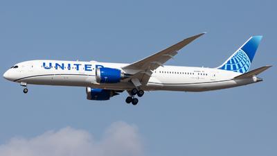 N23983 - Boeing 787-9 Dreamliner - United Airlines
