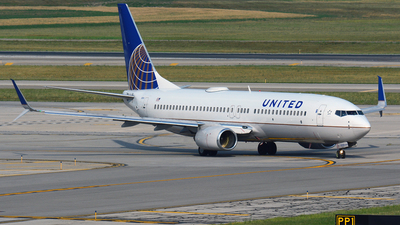 N14250 - Boeing 737-824 - United Airlines