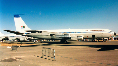 1417 - Boeing 707-328C - South Africa - Air Force