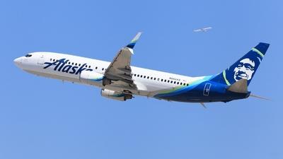 N562AS - Boeing 737-890 - Alaska Airlines