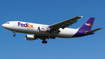 A picture of N726FD - Airbus A300F4622R(F) - FedEx - © Evan Dougherty