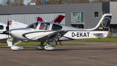 D-EKAT - Cirrus SR22-GTS Turbo - Private