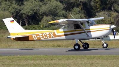 D-ECFX - Cessna 150L - Private