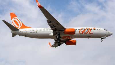 A picture of PRGXN - Boeing 7378EH - GOL Linhas Aereas - © fachetti_spotter