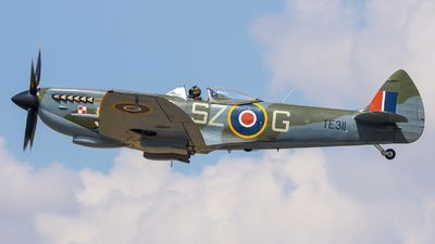 TE311 - Supermarine Spitfire Mk.XVI - United Kingdom - Battle of Britain Memorial Flight (BBMF)