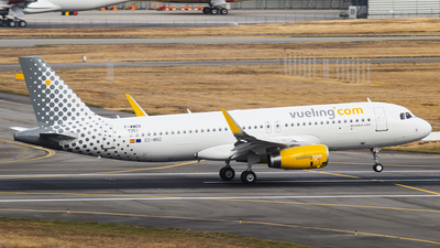F-WWDV - Airbus A320-232 - Vueling Airlines